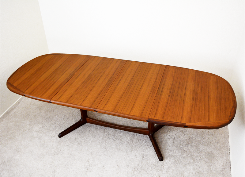 Mid Century Danish Modern Vintage Benny Linden Teak Dining Table with two leaves and teak dining Chairs las vegas