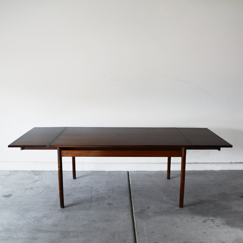 mid century Vintage danish Rosewood Dining Table with Two Leaf Extensions by H. Sigh & Son Denmark las vegas