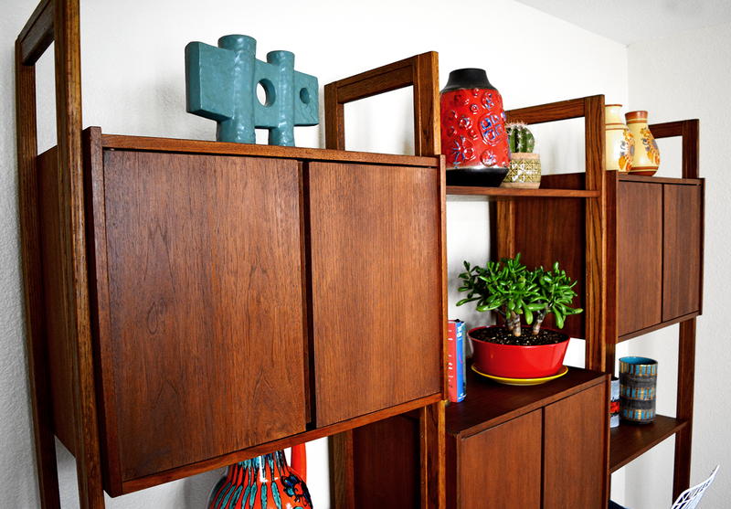 ​Mid Century 3 Bay Walnut Wall Unit Bookshelf las vegas